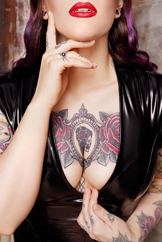 https://massageadagio.com/wp-content/uploads/2019/02/Violet_5_800px.jpg