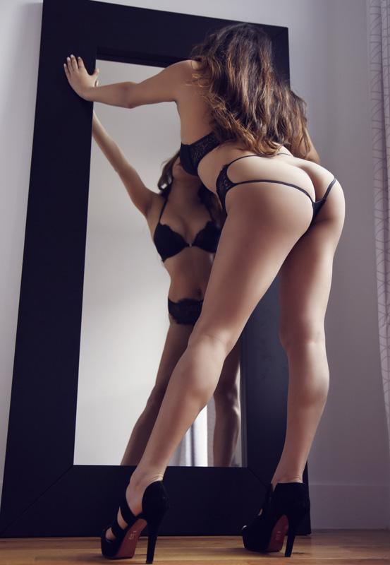 https://massageadagio.com/wp-content/uploads/2019/04/Lina-5.jpg