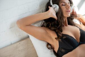 4-histoires-erotiques-audio-pour-vous-emoustiller