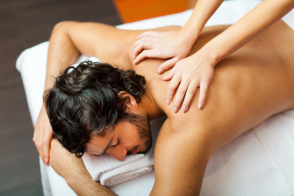 pourquoi-massage-est-tres-bonne-idee-cadeau-homme
